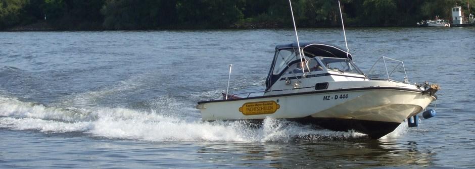 fahrschulboote-little-runnaway-0003