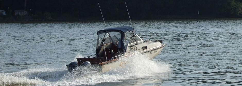fahrschulboote-little-runnaway-0004